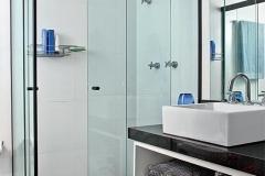 box-banheiro-angulo-aluminio-preto