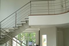 Corrimão Escada Caracol - 4 Travessas 04