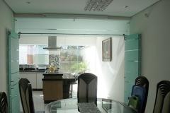 Porta de vidro temperado com aço inox - Arty