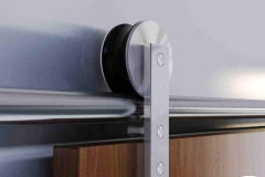 Porta de vidro temperado e perfil de aço inox - MAX