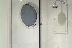 Porta de vidro temperado com aço inox - TUBE