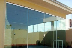 porta-de-correr-de-vidro-AmericanVidros02.jpg